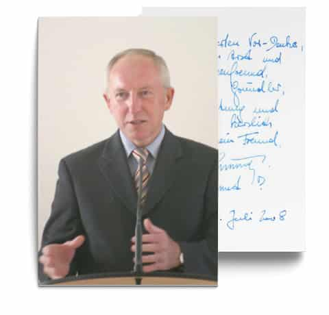 Testimonial über die erfolgreiche Behandlung durch Dr. Johannes Gründler - Postkarte mit einem Bild von Hr. Weninger